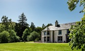 Mossfennan House - external and garden