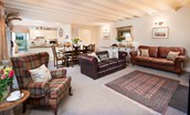 Saddler Cottage - open plan living space from lounge
