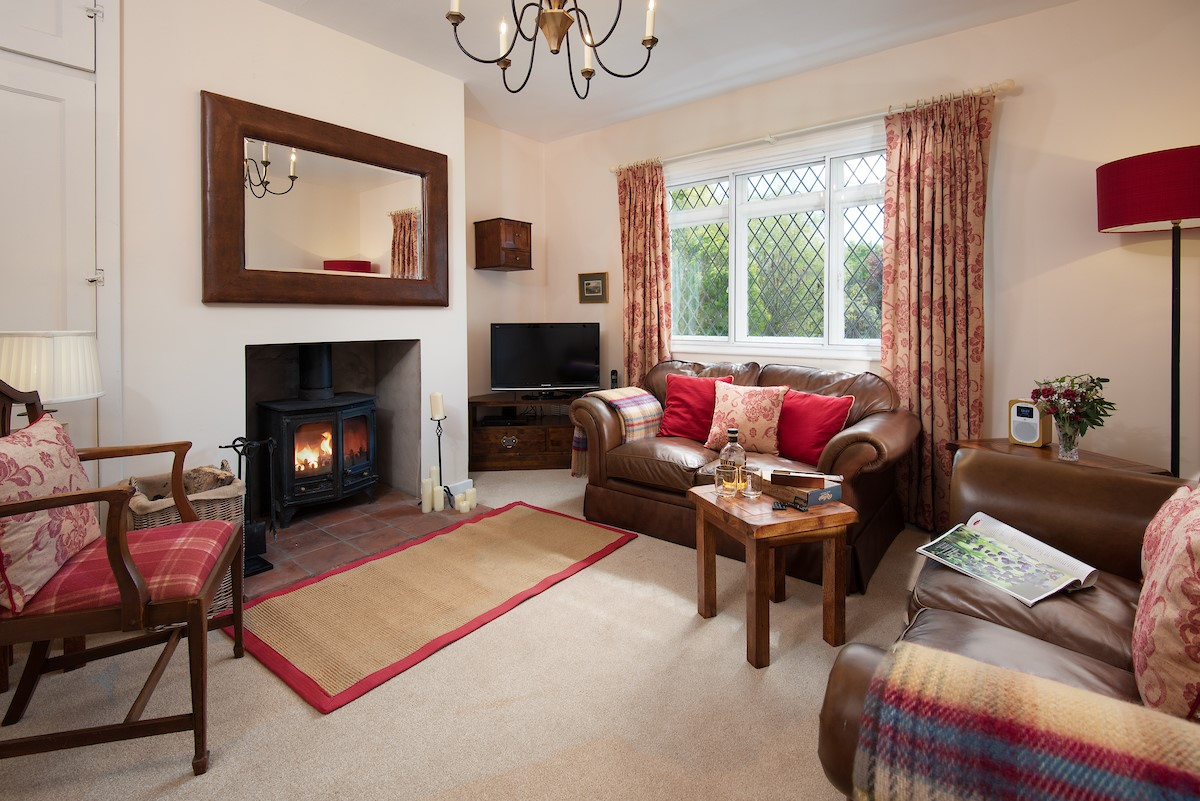 Kilham Cottage - sitting room