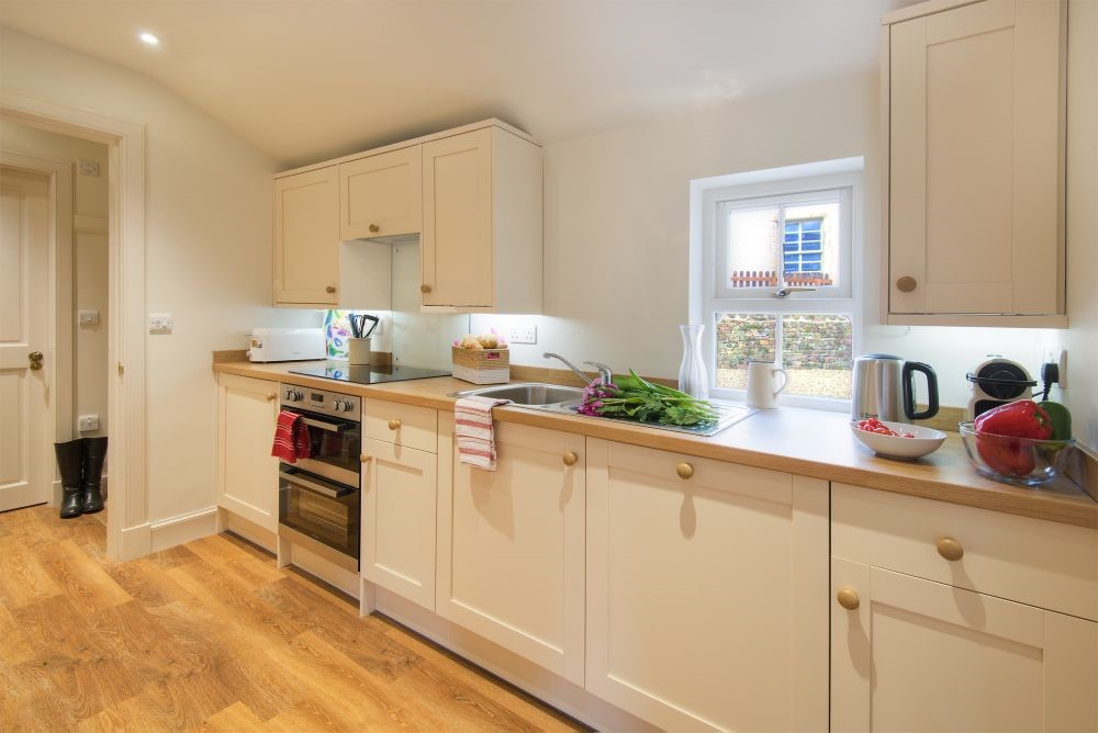 Bramley Cottage - kitchen