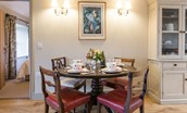 Barley Hill Cottage - dining area