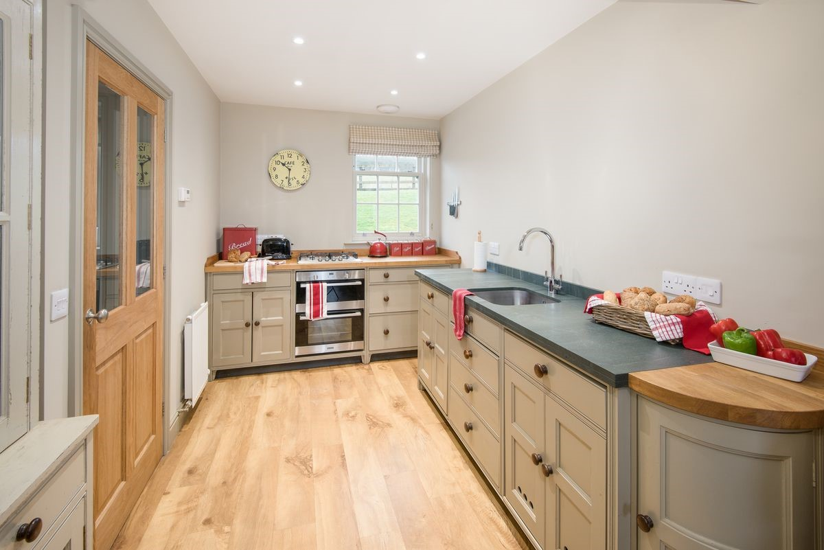 Barley Hill Cottage - kitchen