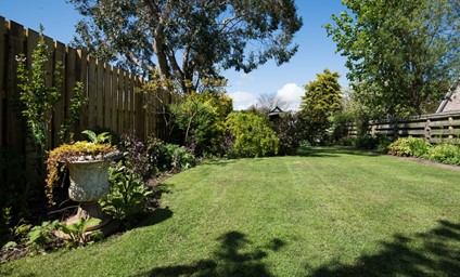 Make the most of lazy afternoons soaking up those heavenly sunshine moments in the large rear garden.