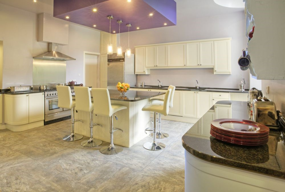 Broadmeadows - kitchen