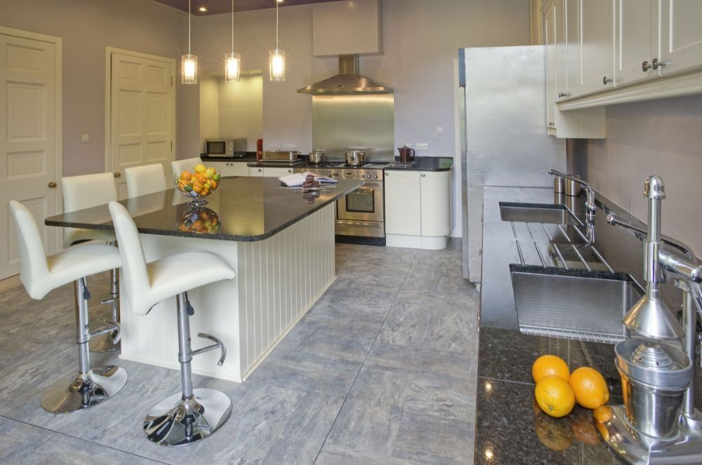 Broadmeadows - kitchen with island