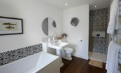Brunton Burn - bathroom