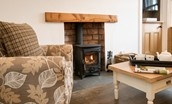 Chestnut Cottage - fireside