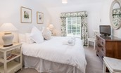 Crailing Cottage - bedroom one