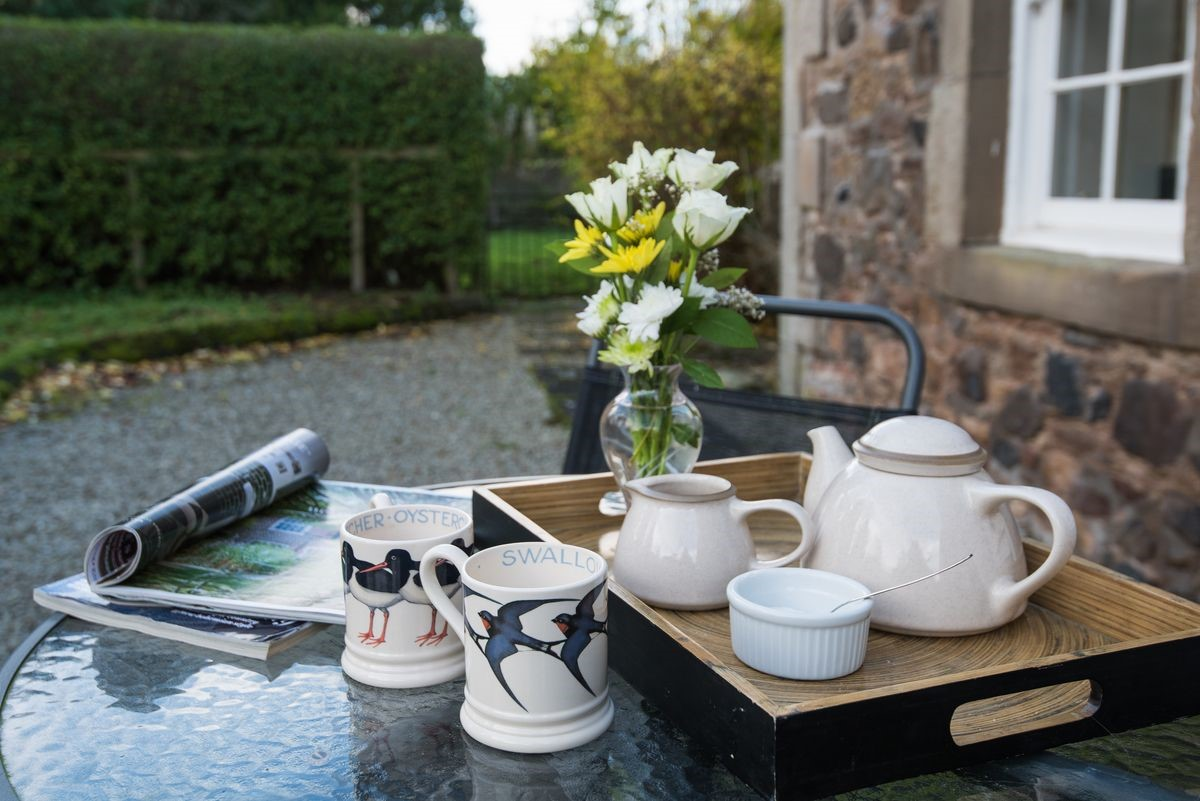 Crailing Cottage - tea tray