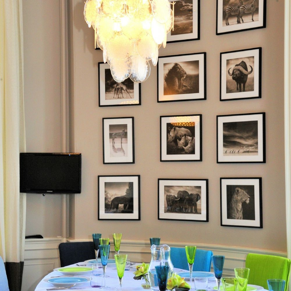 Crailing House - dining area frames