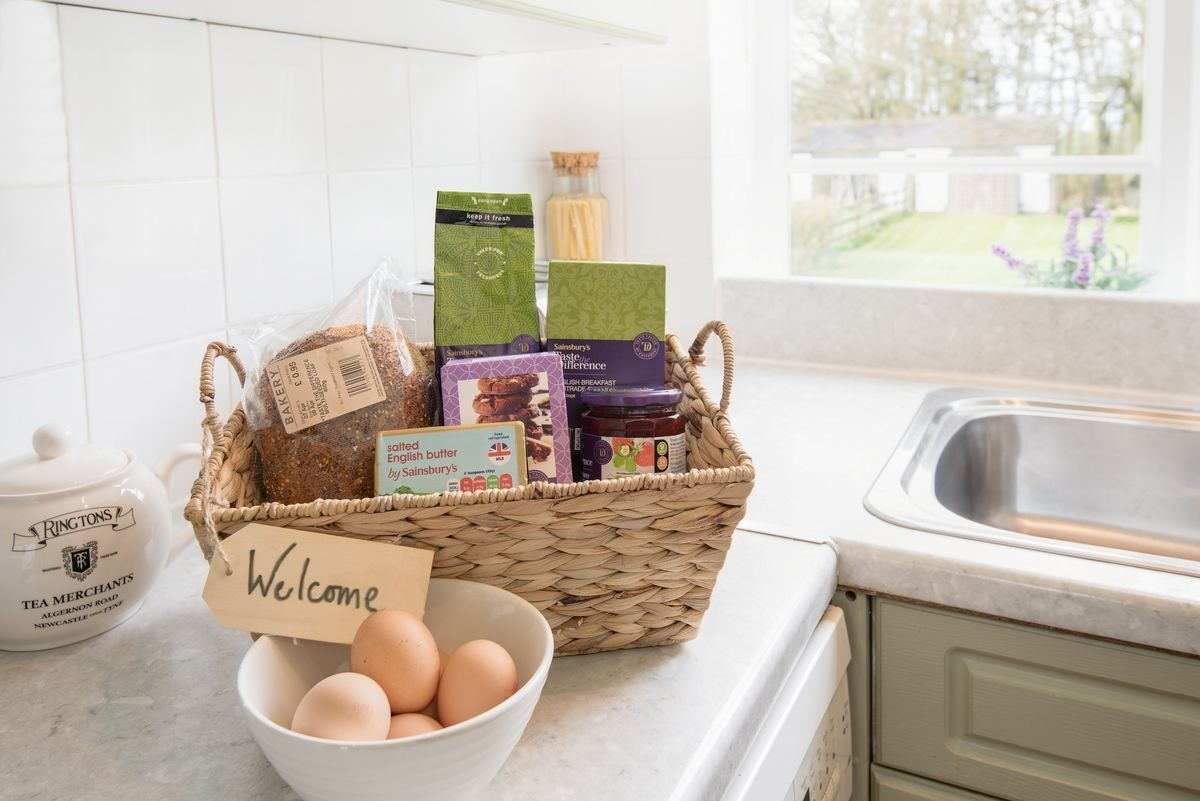 Driftwood - welcome basket