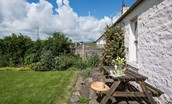 Gamekeeper's Cottage - garden & outside seating area