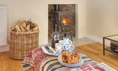 Laundry Cottage - fireside