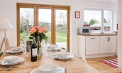 Leitholm Cottage - dining & kitchen area