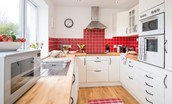 Leitholm Cottage - kitchen with garden views