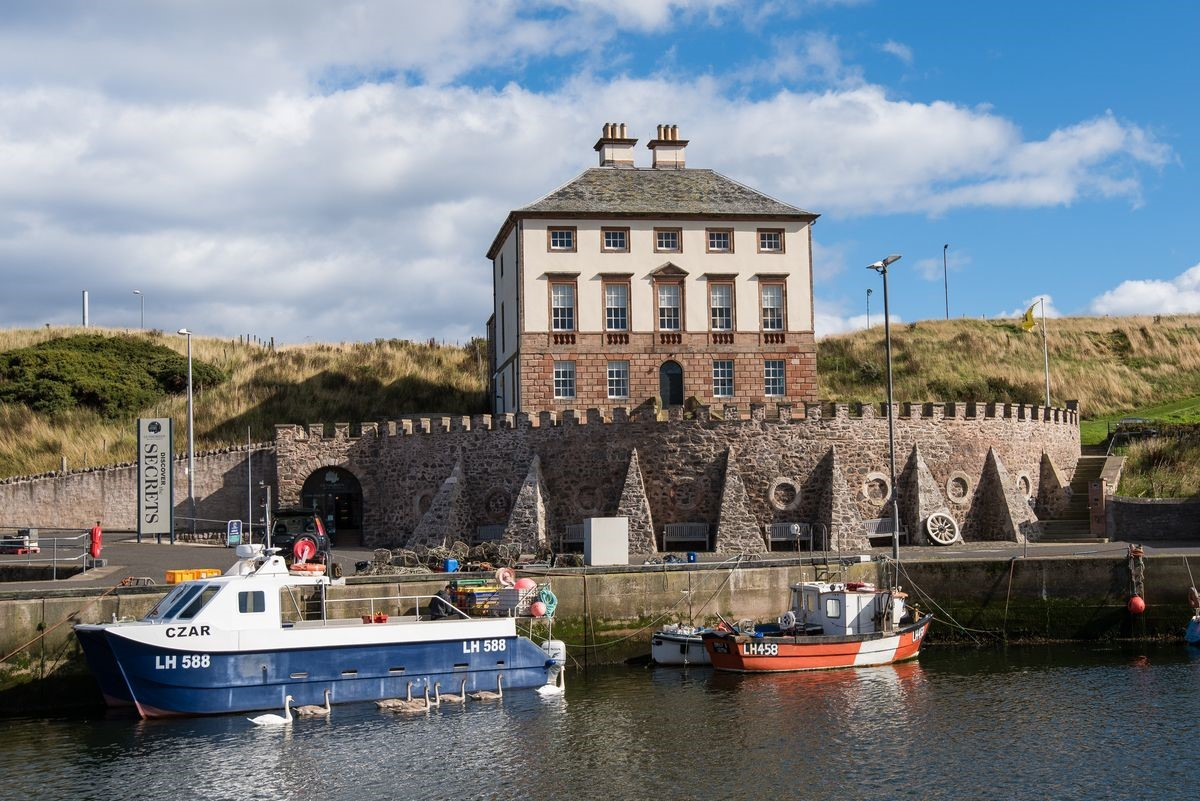 Merchant's House - front aspect & Eyemouth harbour