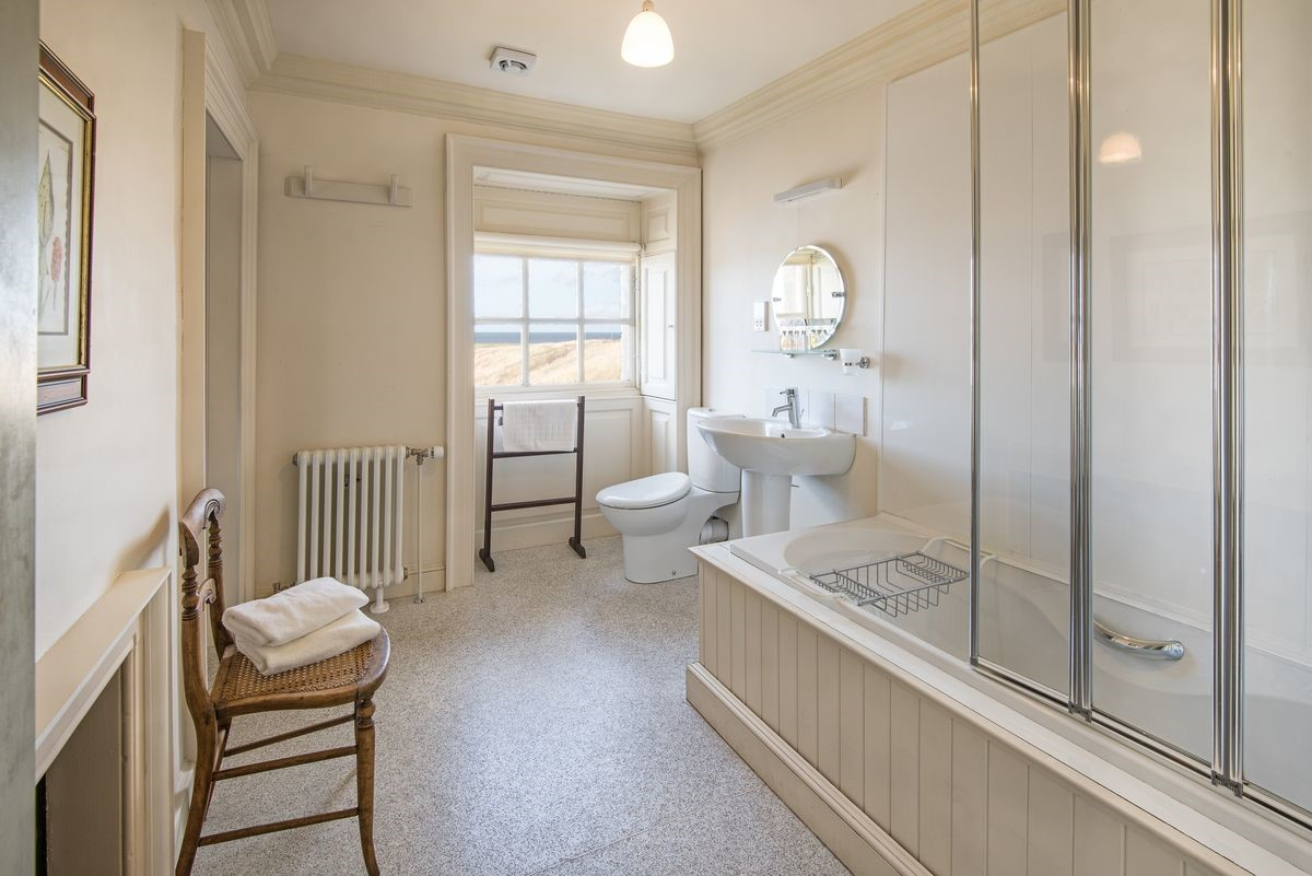 Merchant's House - shared family bathroom
