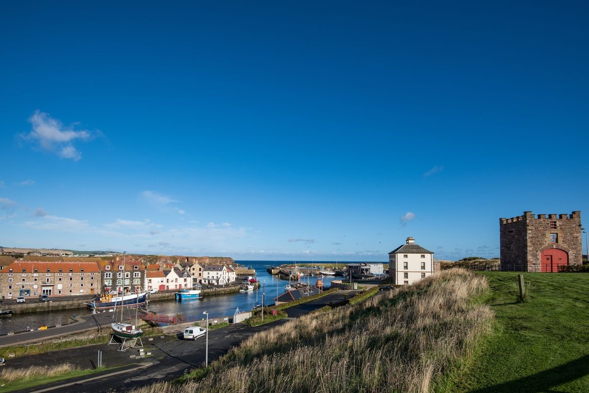 Merchant's House - side aspect & Eyemouth harbour