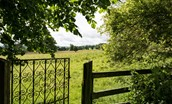 Milfield Hill Cottage - garden access to surrounding countryside
