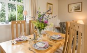 Milfield Hill Cottage - dining table