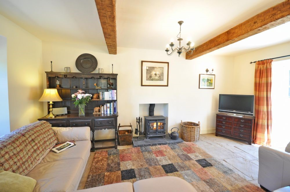 Old Mill Cottage - sitting room with corner sofa
