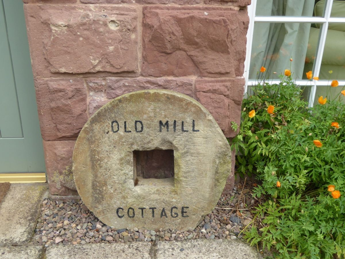 Old Mill Cottage - signage
