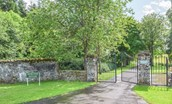Pathhead Farmhouse - estate entrance gates