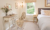 Pennine Way Cottage - dressing table