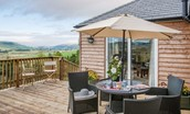 Pennine Way Cottage - outside seating area