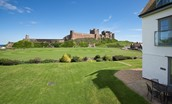 Sandpiper - garden area & view of Bamburgh Castle