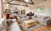 Teddy's Cottage - open plan living area