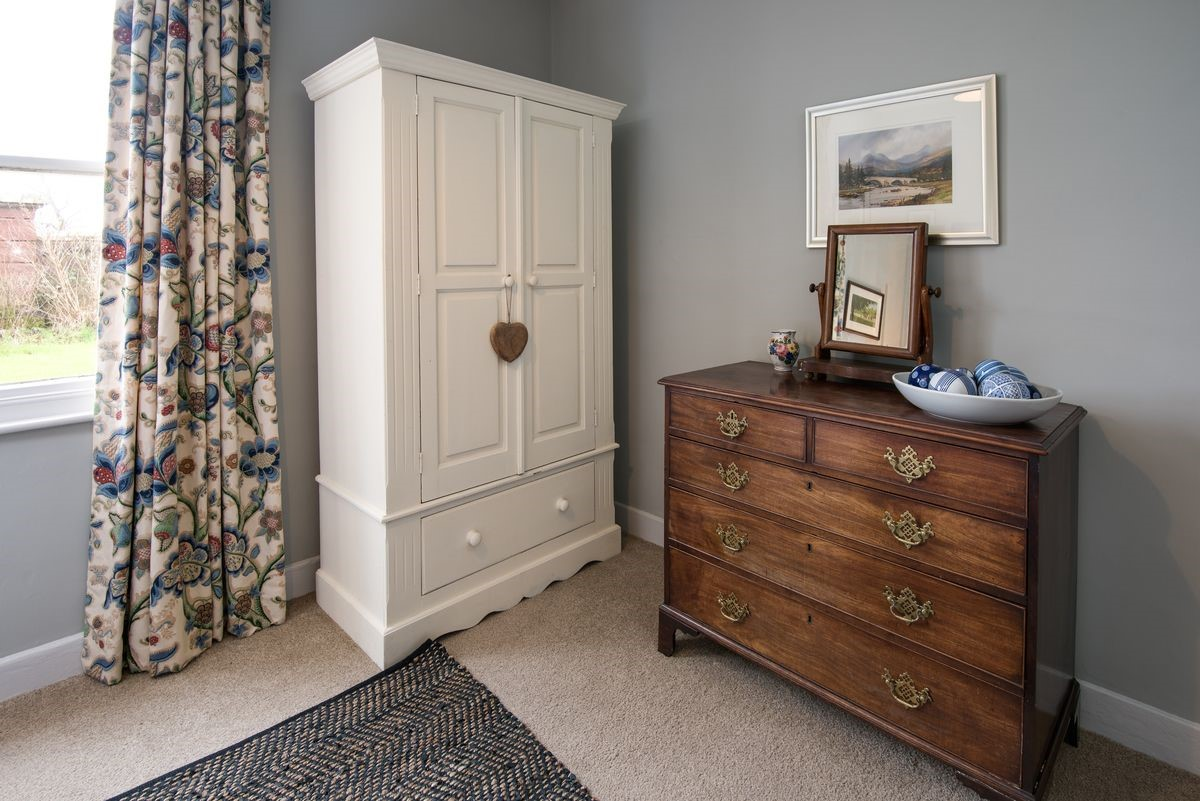 The Gate House - bedroom storage