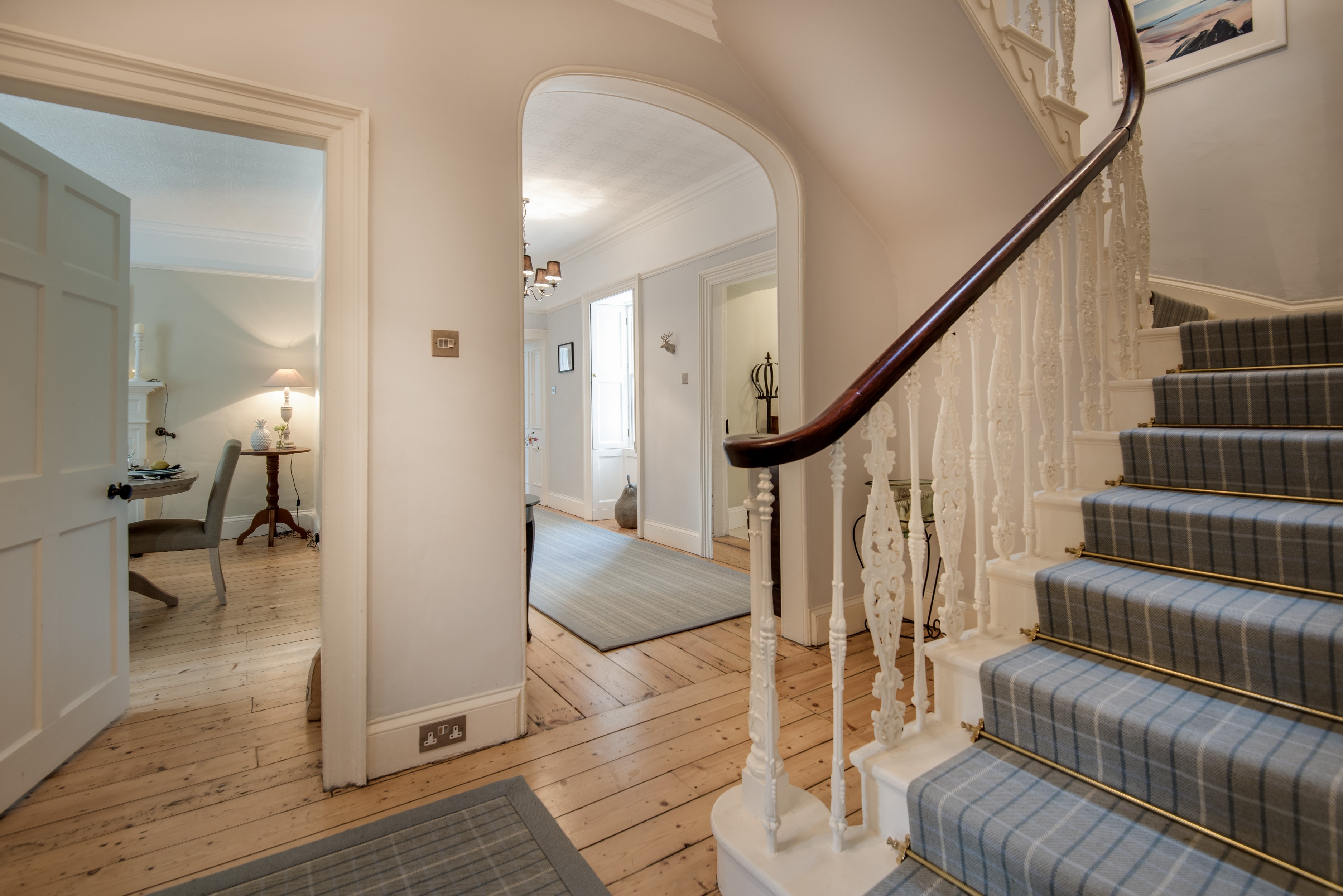 Kirkton House - inner hall and staircase