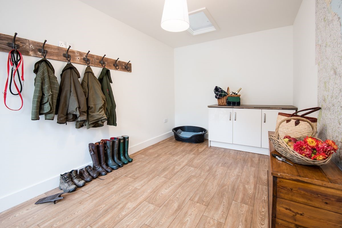 Stable Cottage - boot room