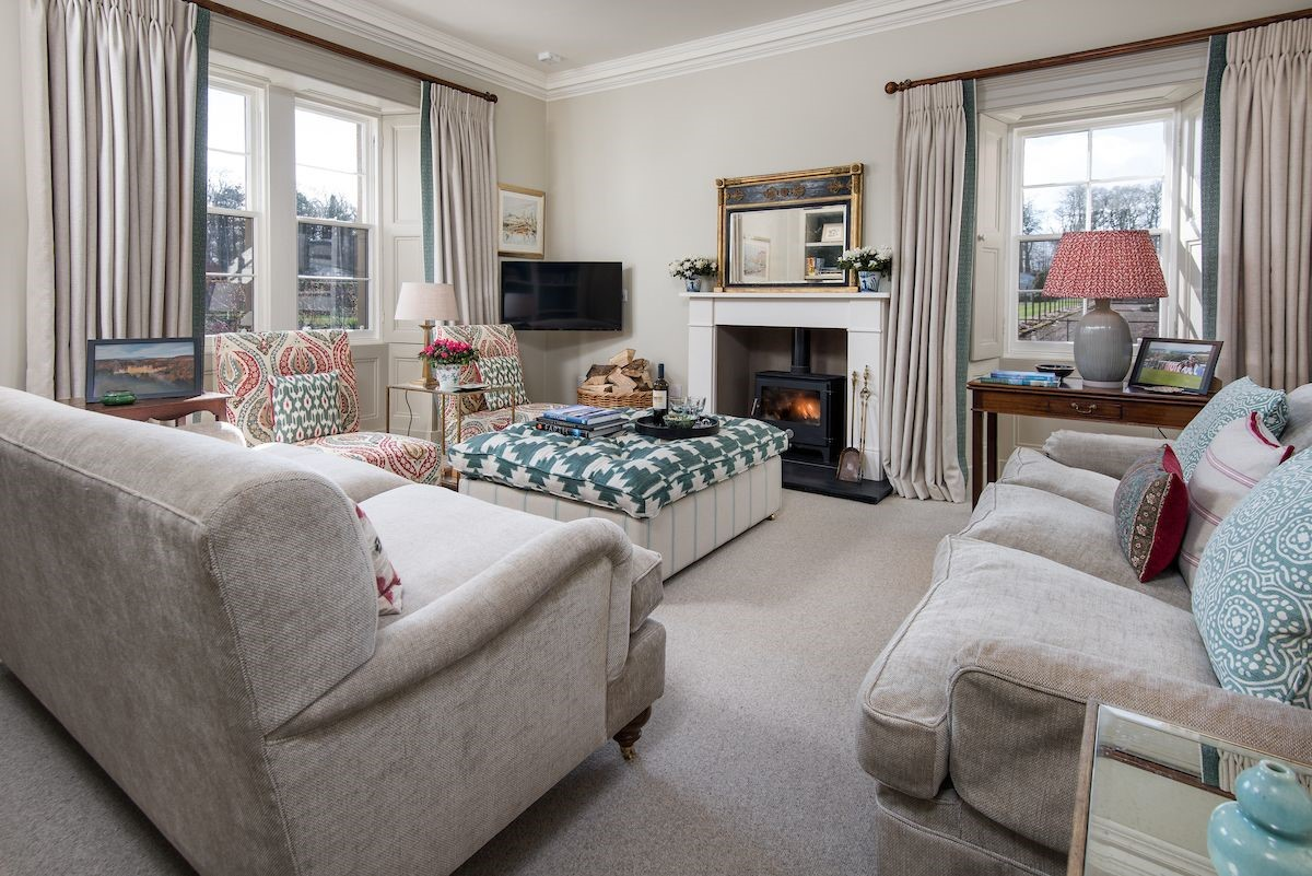 Head Gardener's House - sitting room with views over garden