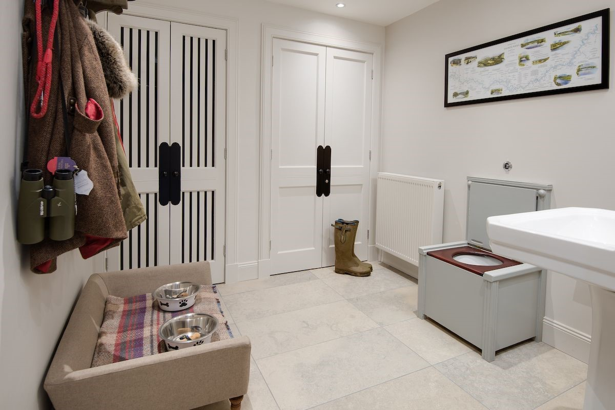 Head Gardener's House - boot room & cloakroom