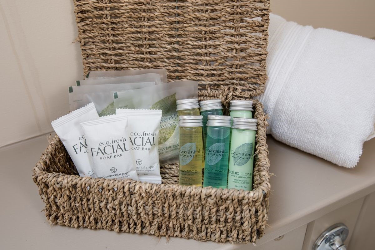 College Cottage - guest toiletries