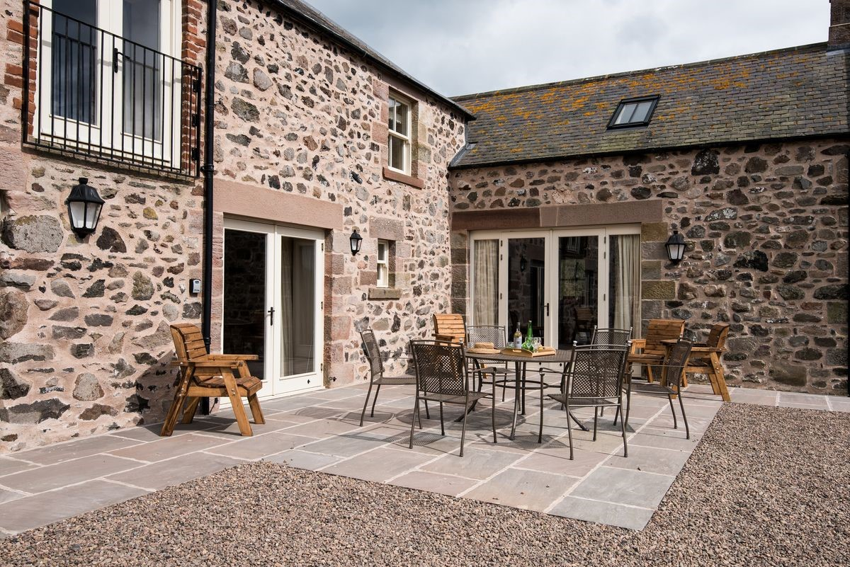 Crookhouse Mill - outside seating area