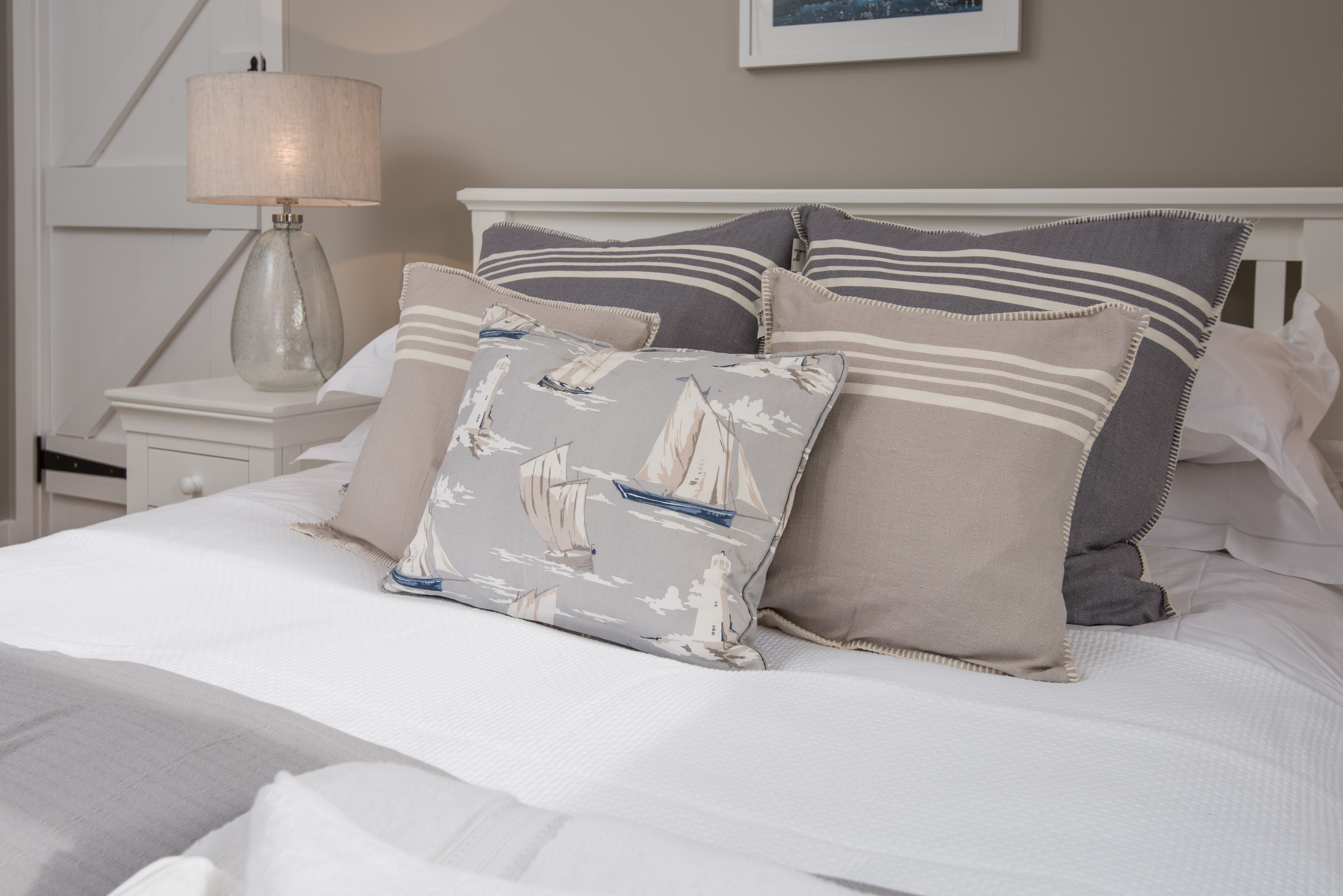 Coastal bedrooms - interior inspiration