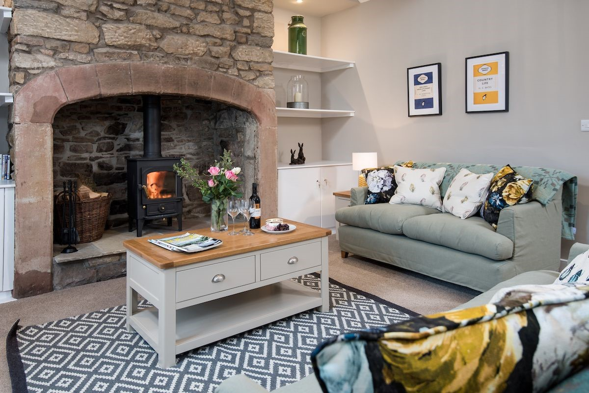 Curlew Cottage - sitting room
