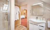 Dryburgh Farmhouse One - bedroom two en suite bathroom