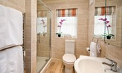 Dryburgh Farmhouse Two - family bathroom