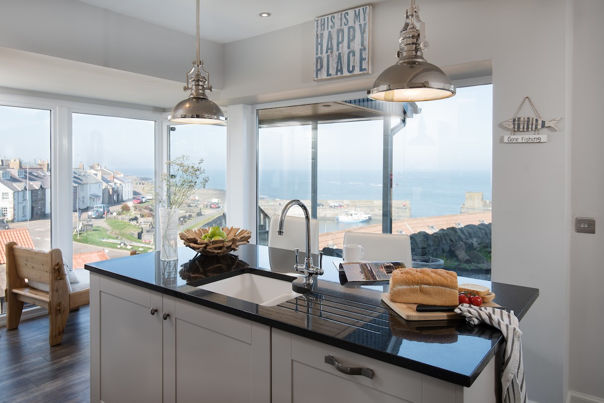 Harbour Lights - kitchen with views