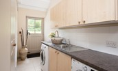 Dipper cottage - utility room