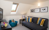 Polwarth Rhodes Cottage - snug/play room