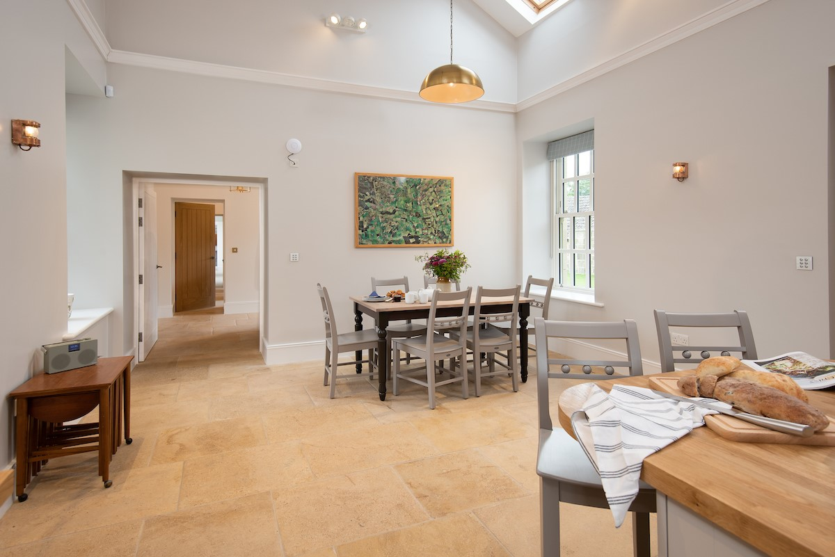Beeswing - kitchen with dining space