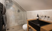 Juniper Mill - shower room
