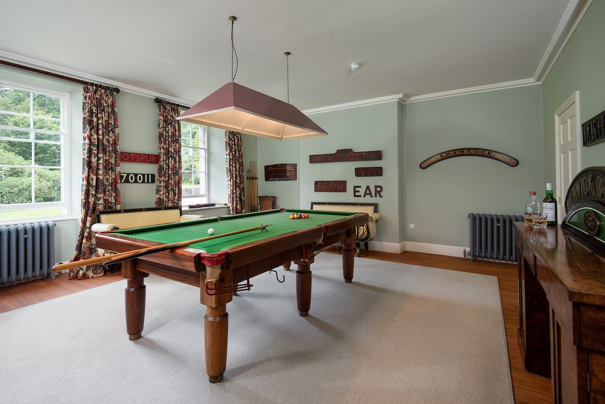 Lorbottle Hall - games room with billiard table