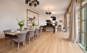 Beeswing - spacious dining room