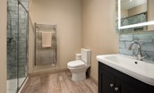 Lookout North - en suite bathroom with shower and heated towel rail